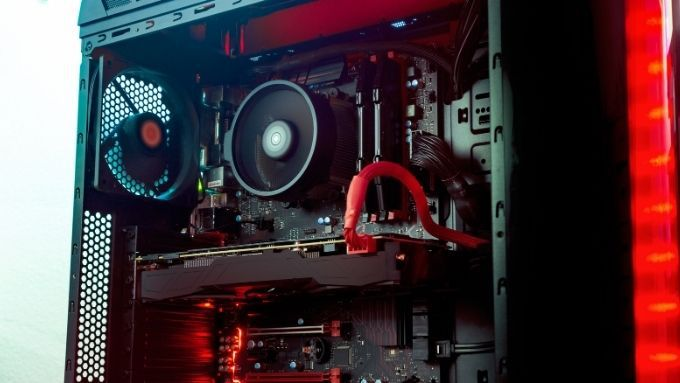 10 Things You Want To Consider Should I buy or build a PC?