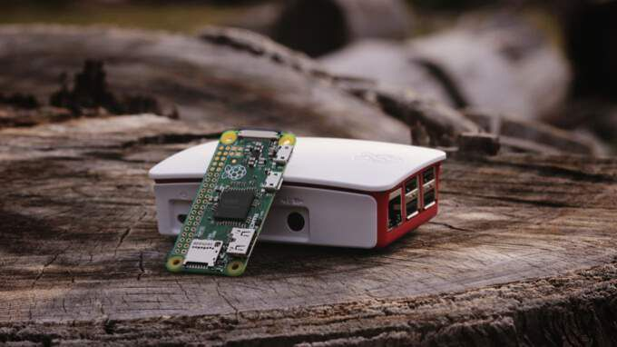 which is the Better DIY Platform? Arduino vs Raspberry Pi in 2021